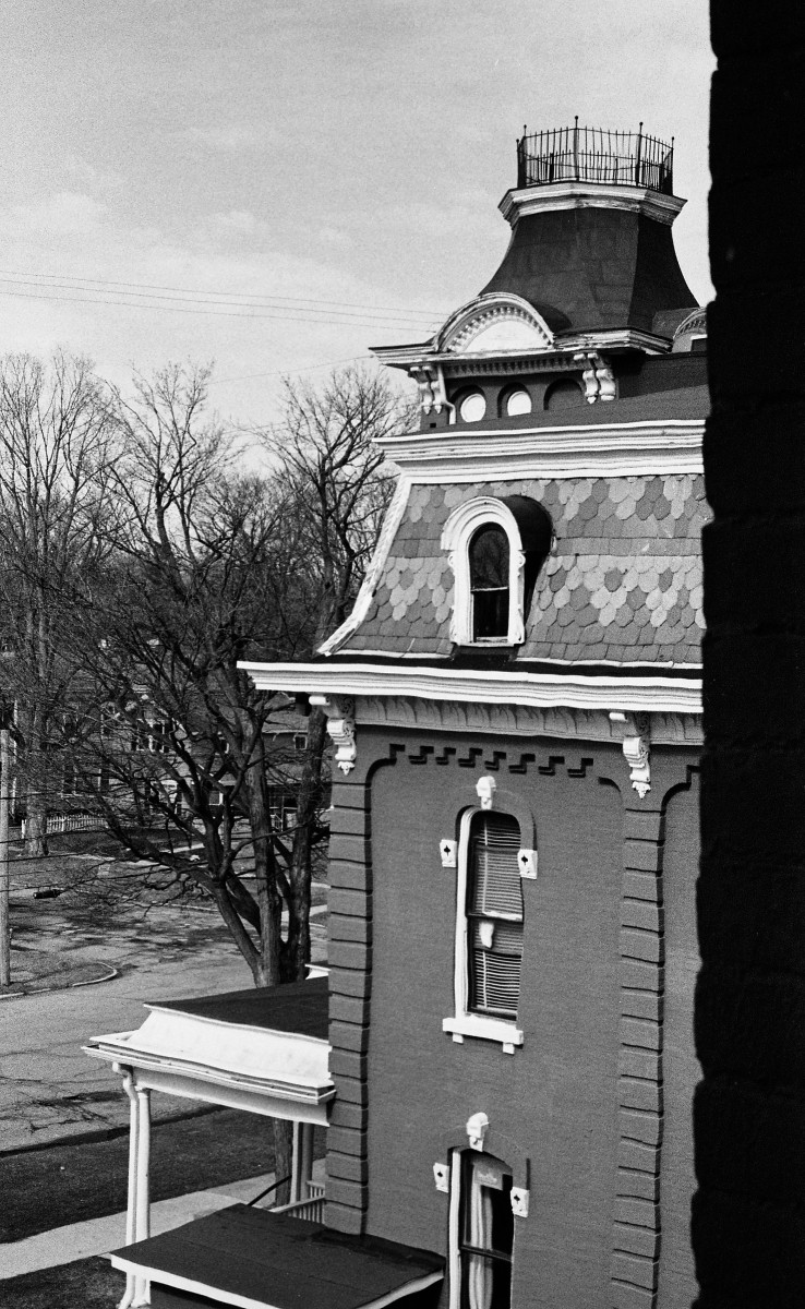 1800 Courthouse.jpg