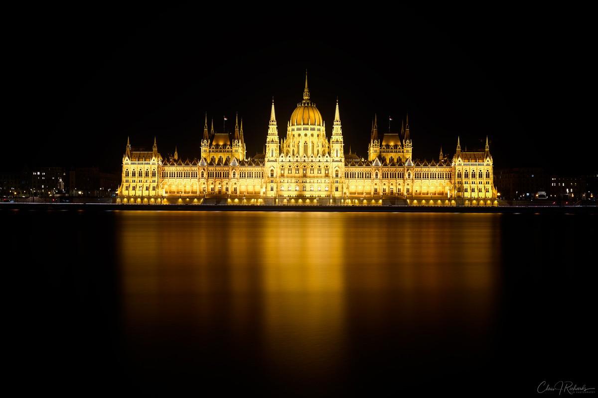 4_Minutes_Parliament.jpg