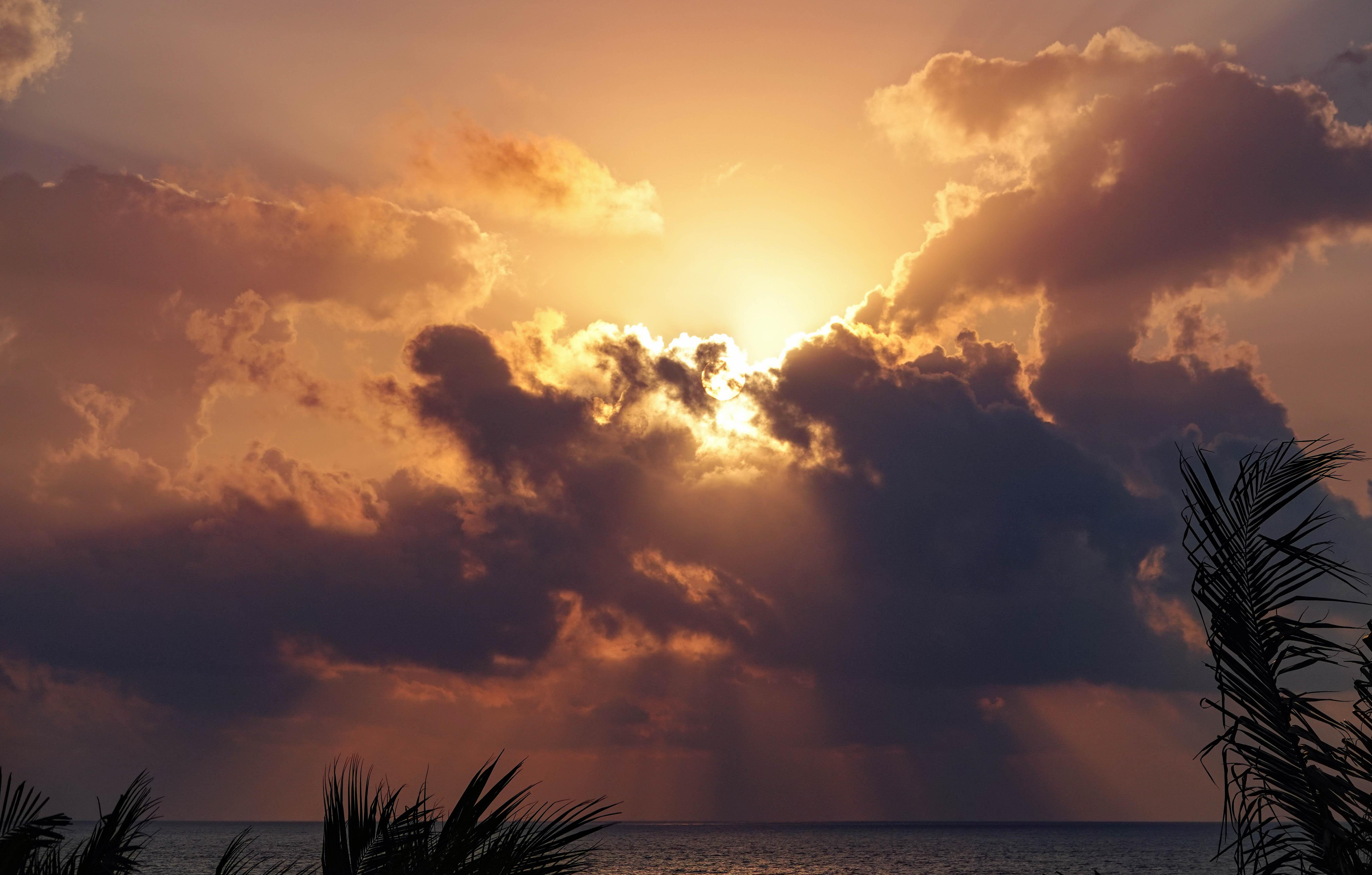 Cancun sunrise7.jpg