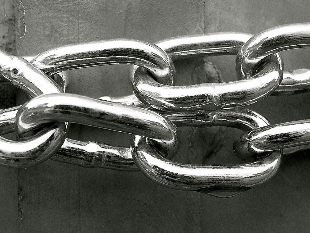 chain links.jpg