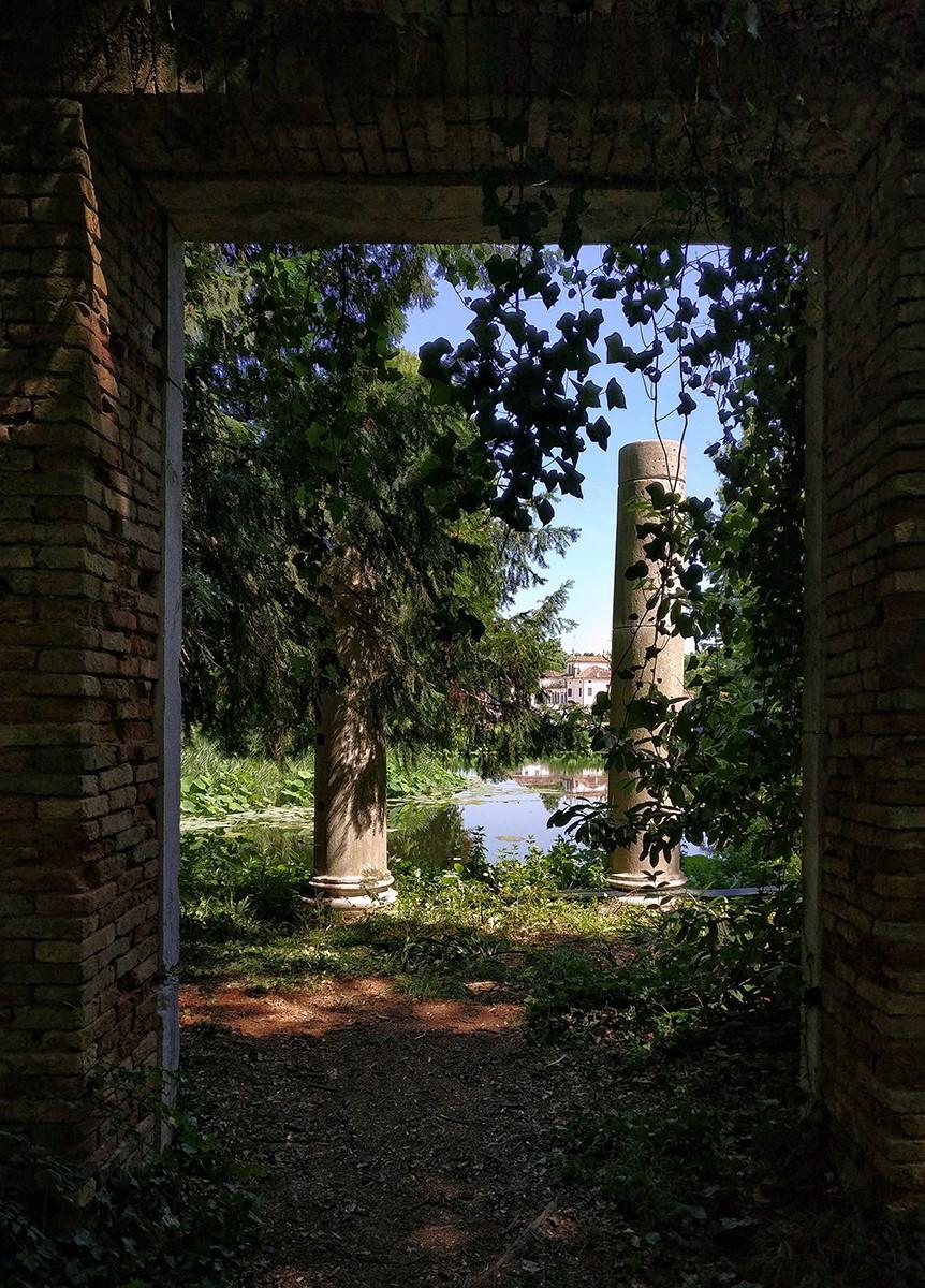 Doorway to the Lake.jpg