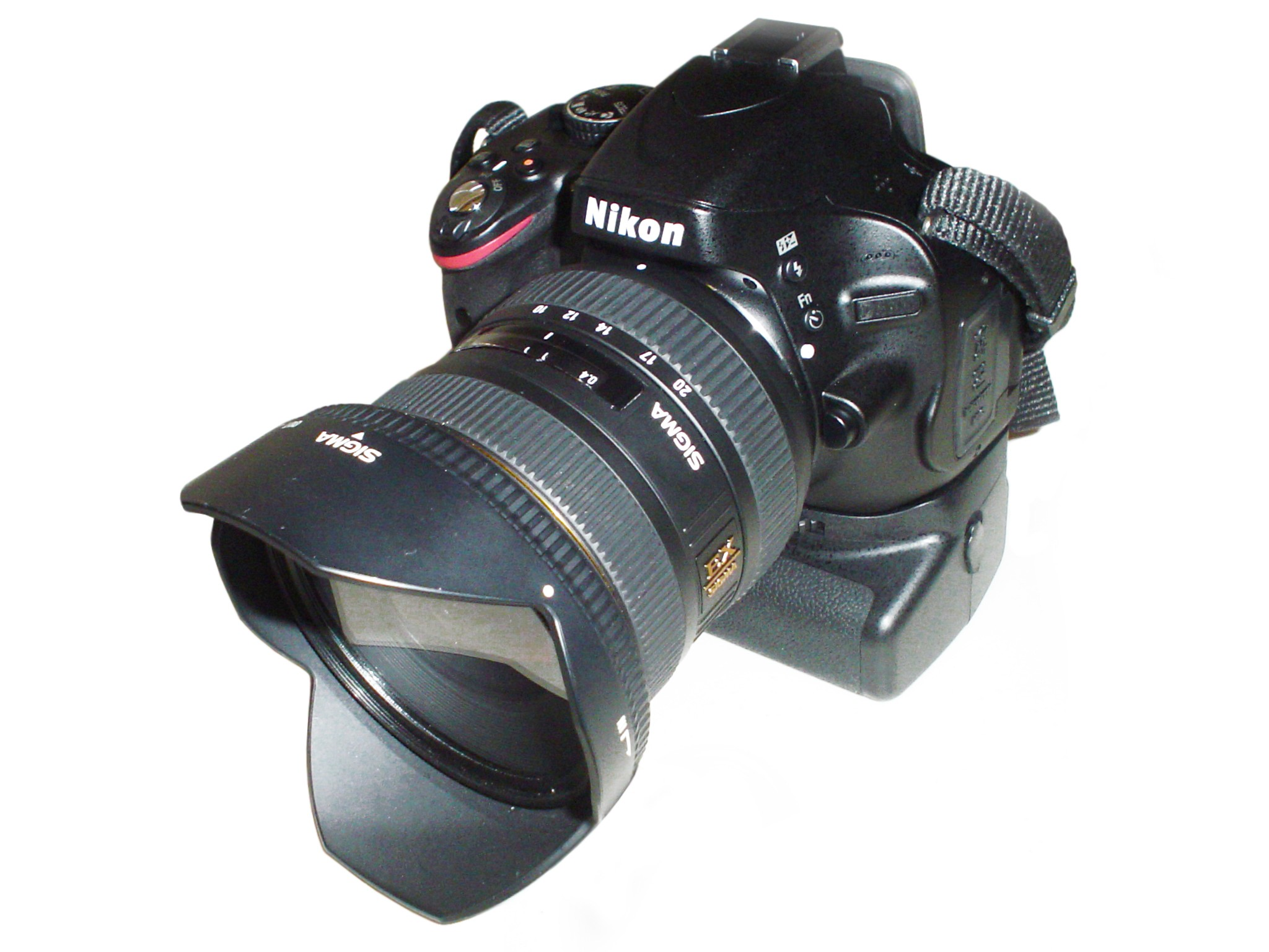 Best Nikon D5100 Vertical Battery Grip
