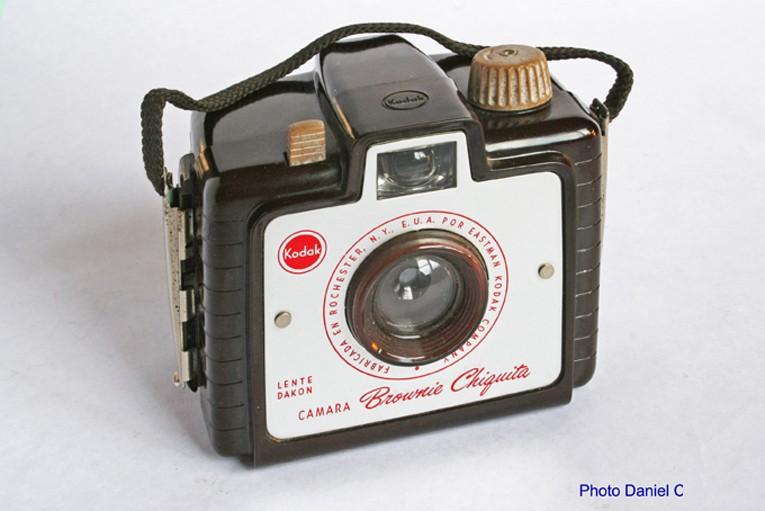 Eastman Kodak - Brownie Chiquita  small 005.jpg