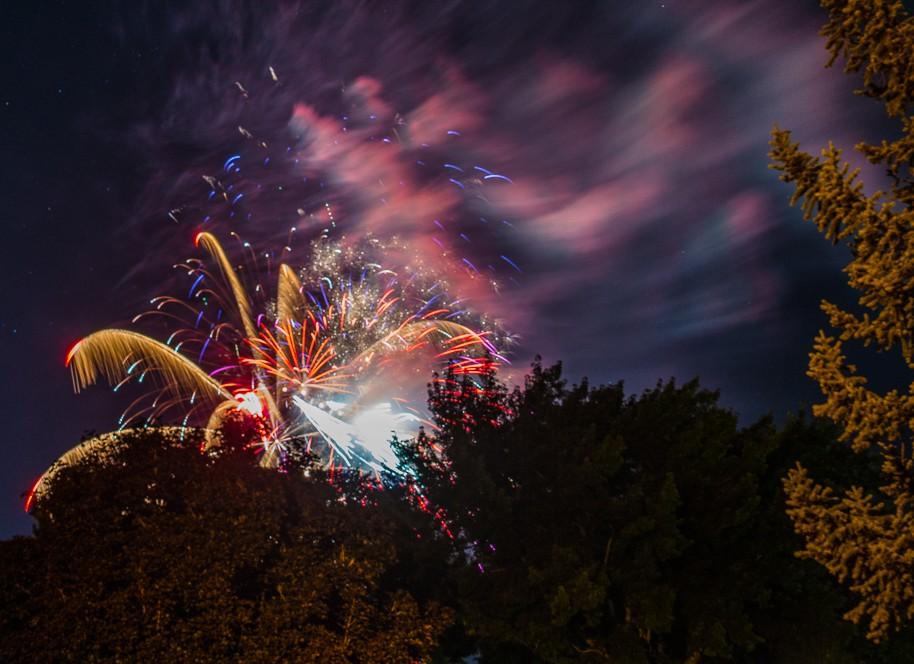 fireworks-1-3.jpg