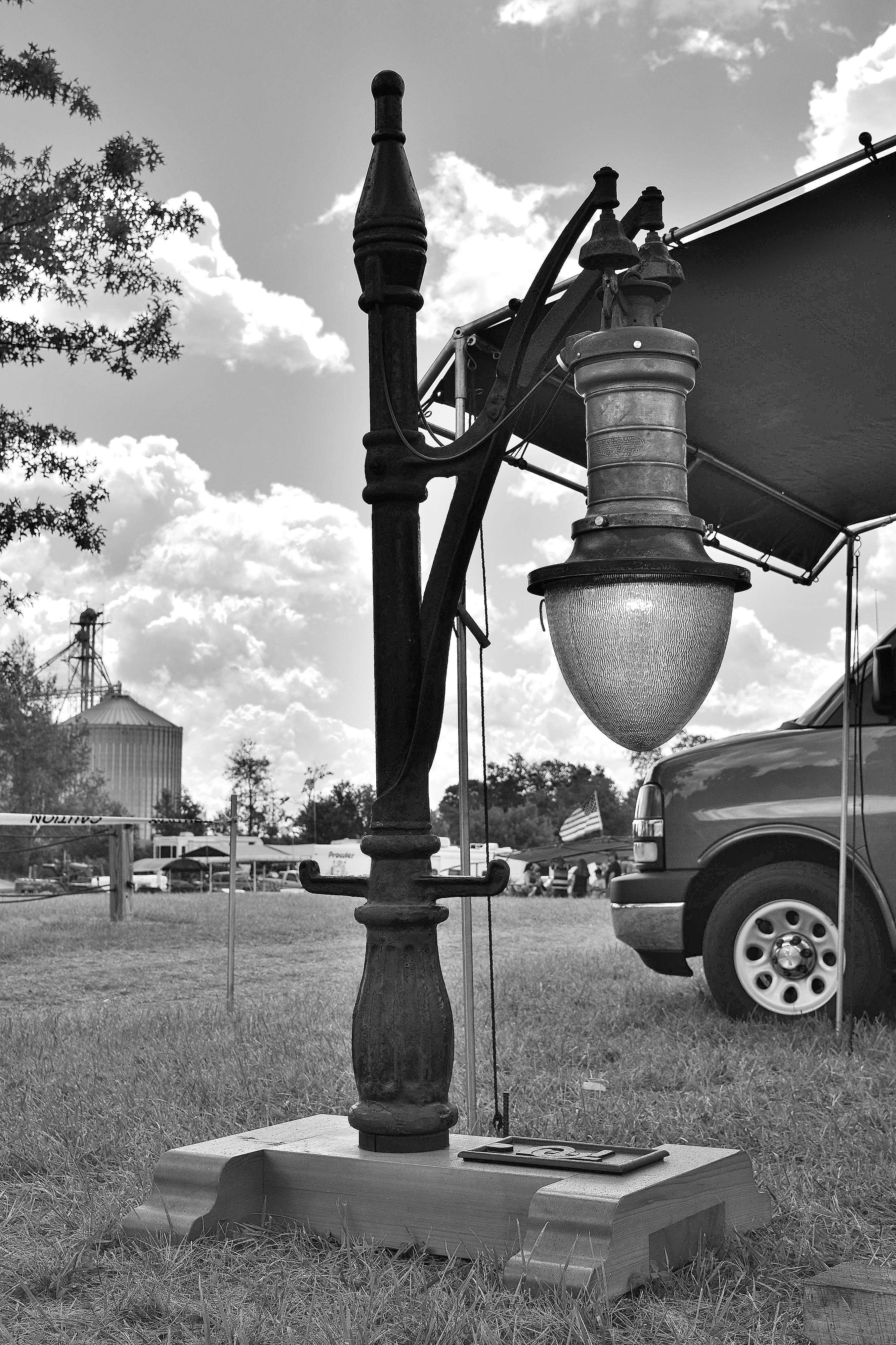 GE Luminous Arc Lamp.JPG