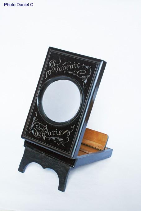 Graphoscope Souvenir de Paris small 001.jpg