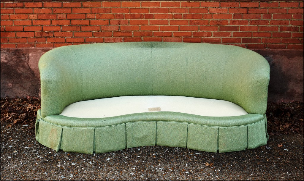 green_couch.jpg