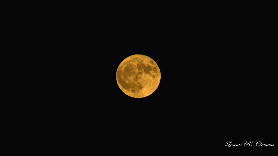 Le moon.jpg