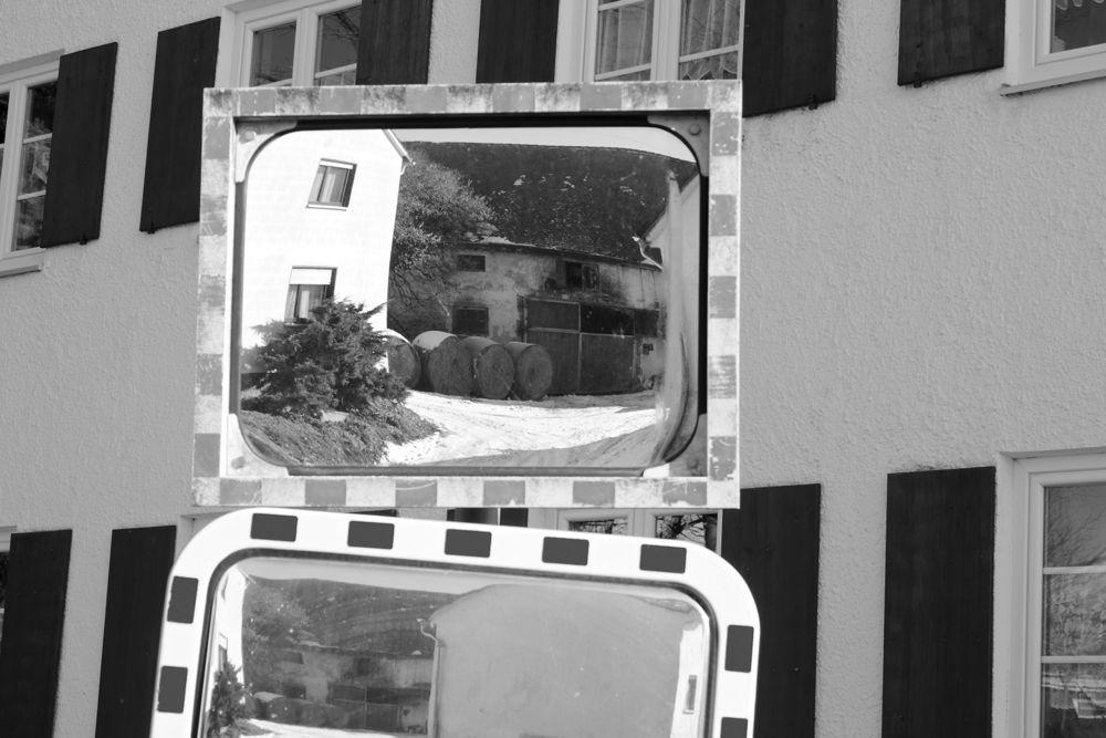 mirror mirror oz.jpg