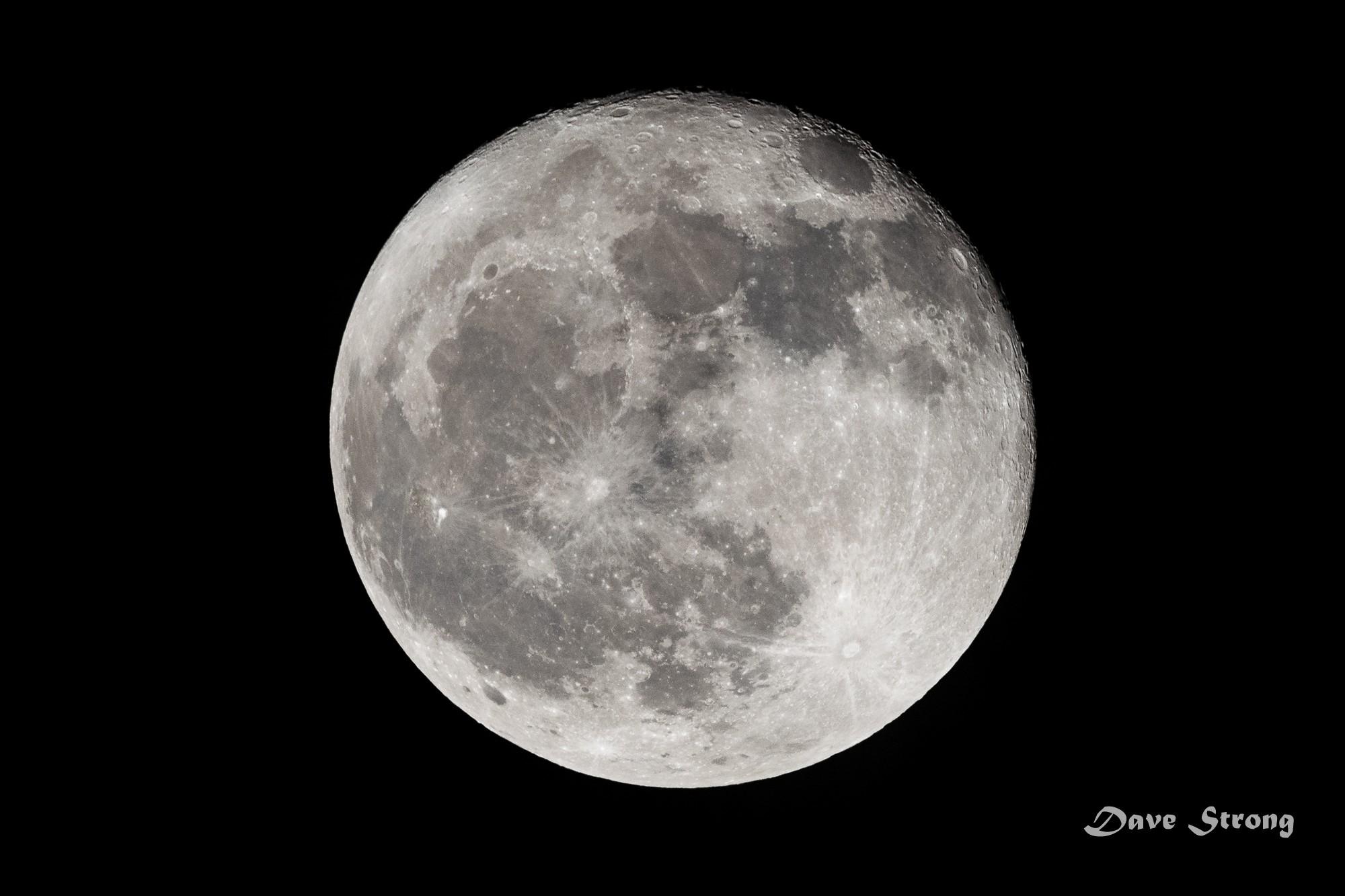 Moon_10_14_19 2000x1333.jpg