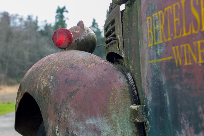 rusted car-3.jpg