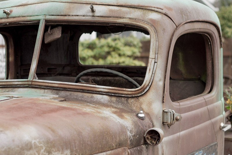 rusted car-5.jpg