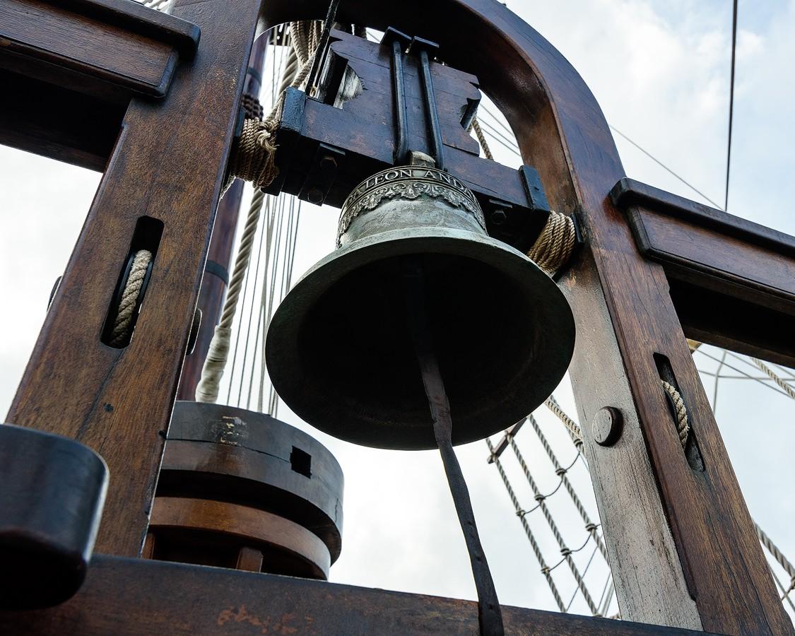 Ship's-bell.jpg