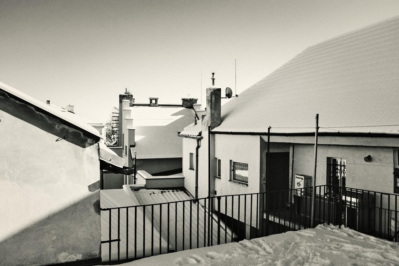 snow-rooftops.jpg