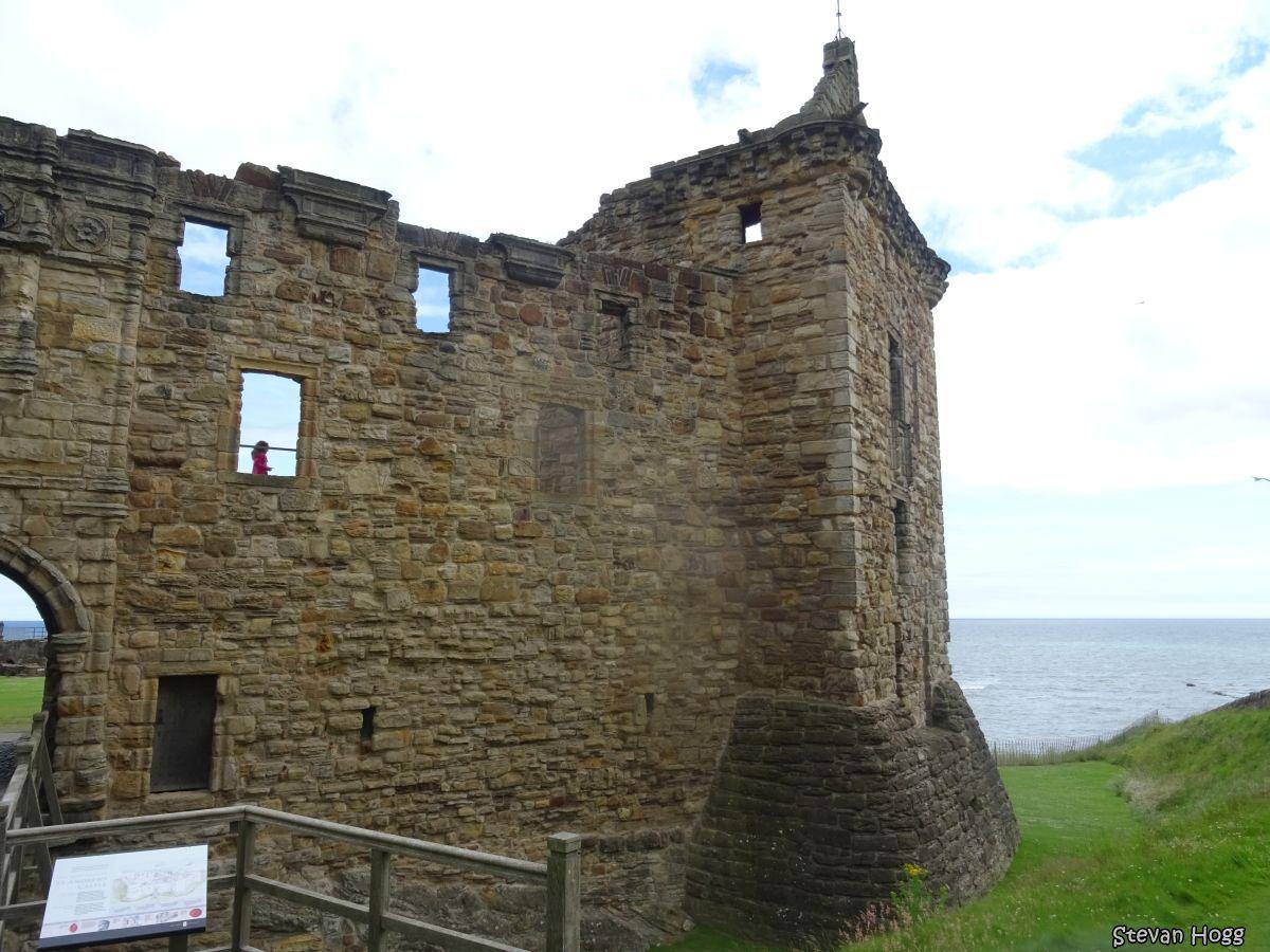 St Andrews Castle (10).JPG