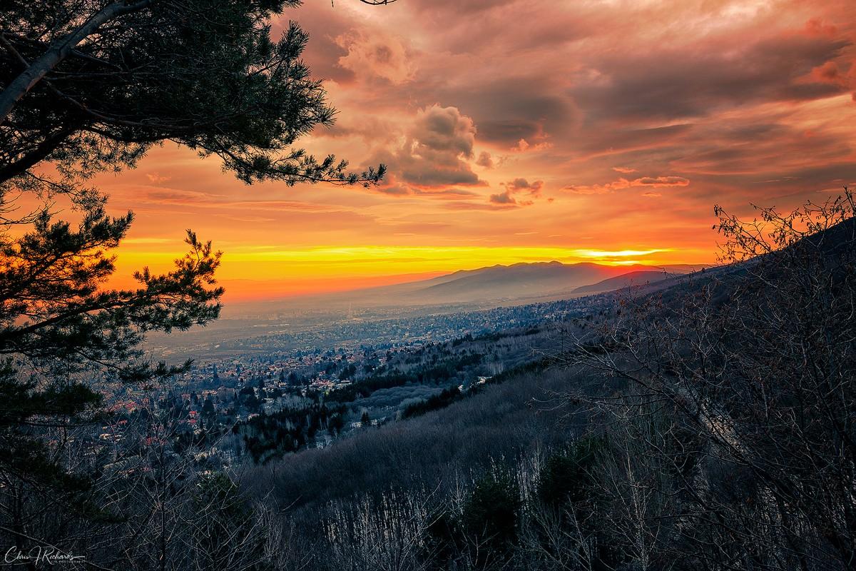Sunrise_Valley.jpg
