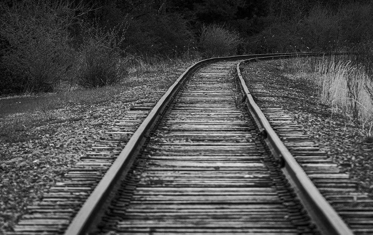 Tracks BW.jpg