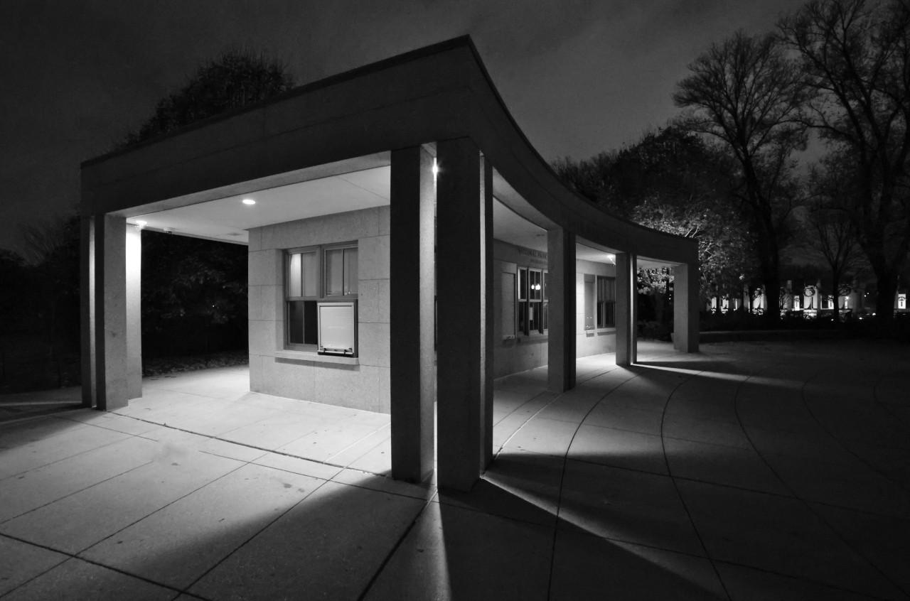 WW-II-VisitorsCenter-1280.JPG