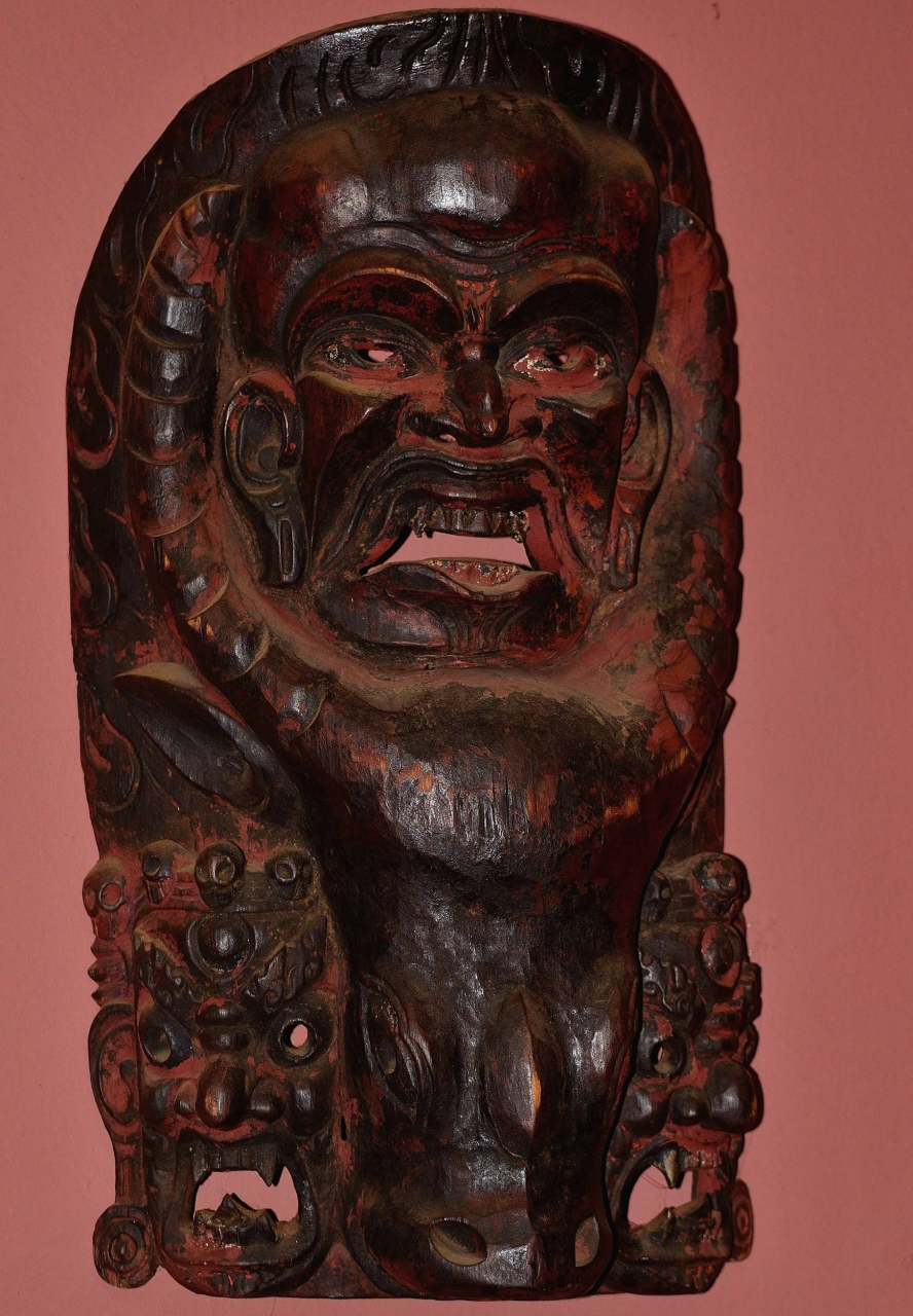 Bhairab_mask_from_Pokhara_Valley_of_Nepal_1